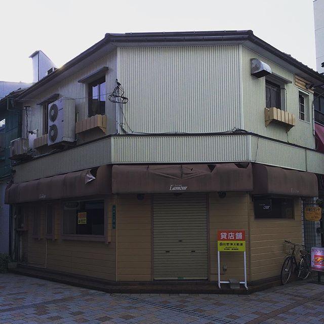 福井駅、カラオケ二軒目、廃業。